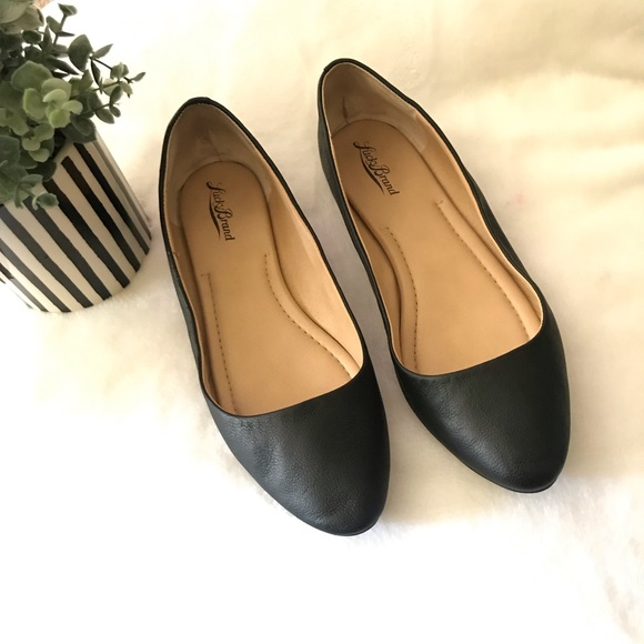 Lucky Brand Shoes - Lucky Brand LK Aimee size 8 M black flats